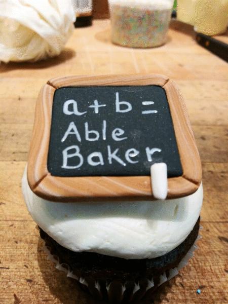 Fondant Chalkboard Cupcake